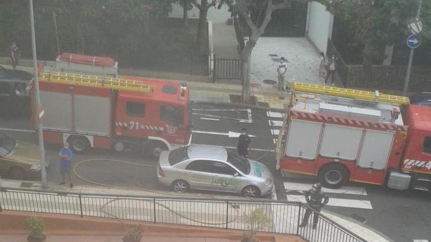 Incendio en un local de Santa Cruz de Tenerife