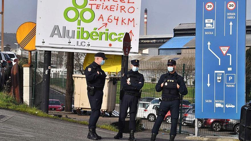 El director general de Alu Ibérica deja el cargo  un mes después y en plena investigación judicial