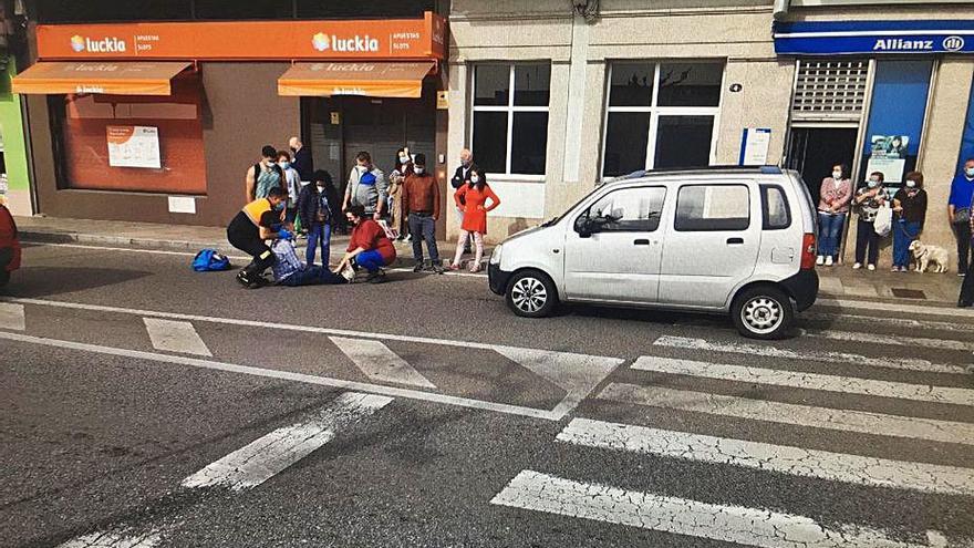 Atropellado un hombre de 64 años al cruzar el paso de peatones de la rotonda de la lonja