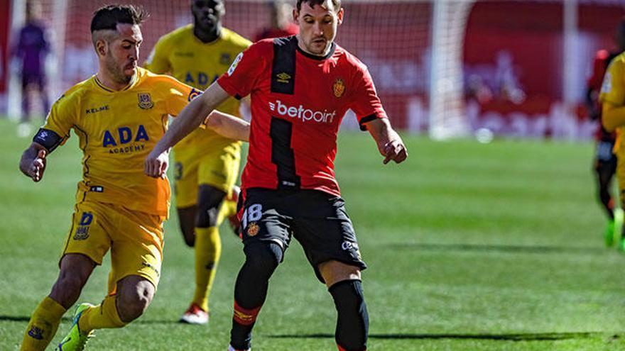 El Mallorca se queda dos meses sin Stojiljkovic