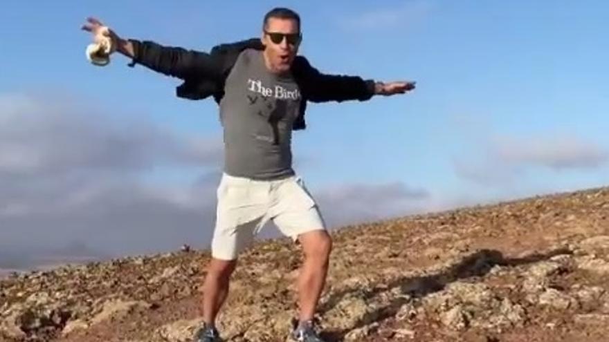 Jesús Vázquez presume de sus vacaciones en Fuerteventura