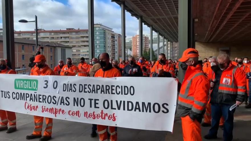"""Así fue el emotivo homenaje a los dos trabajadores muertos en una avalancha en San Isidro:  """"No podemos permitirnos otra desgracia como esta"""""""