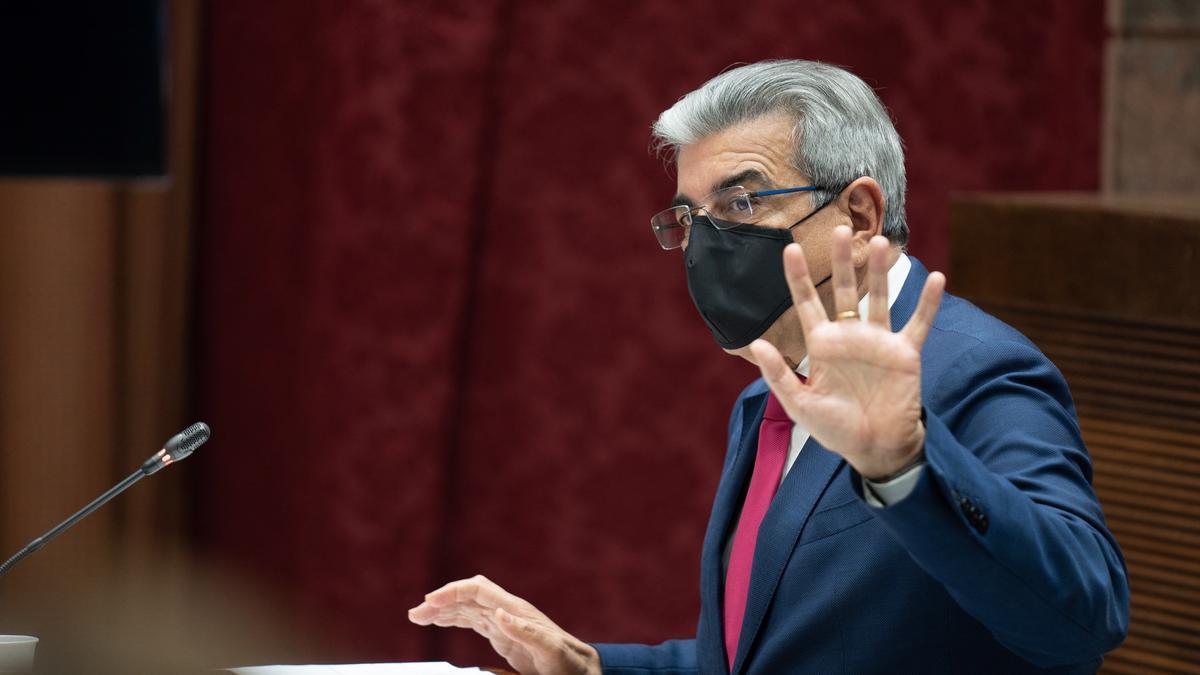 El vicepresidente y consejero de Hacienda, Román Rodríguez.
