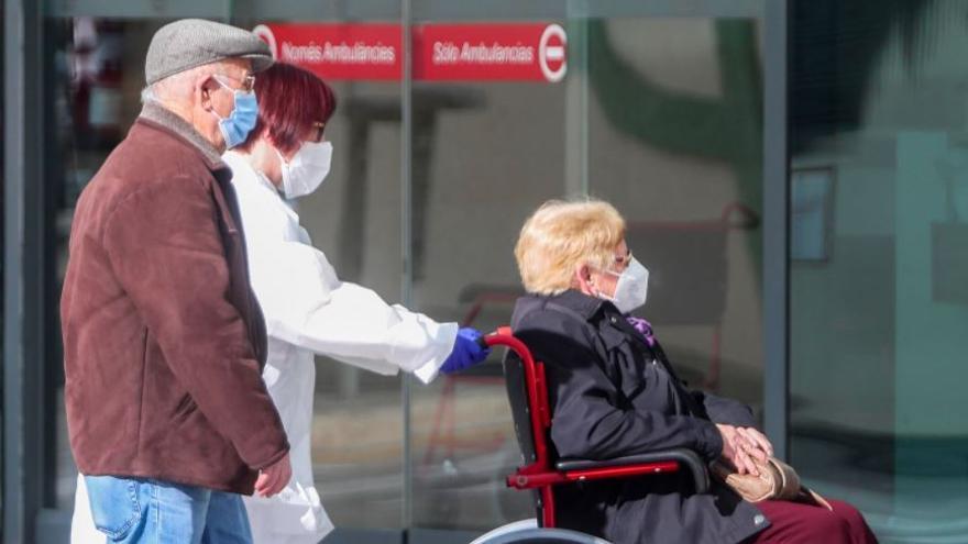 La C. Valenciana registra 2.000 nuevos casos de coronavirus y 52 muertos en un día