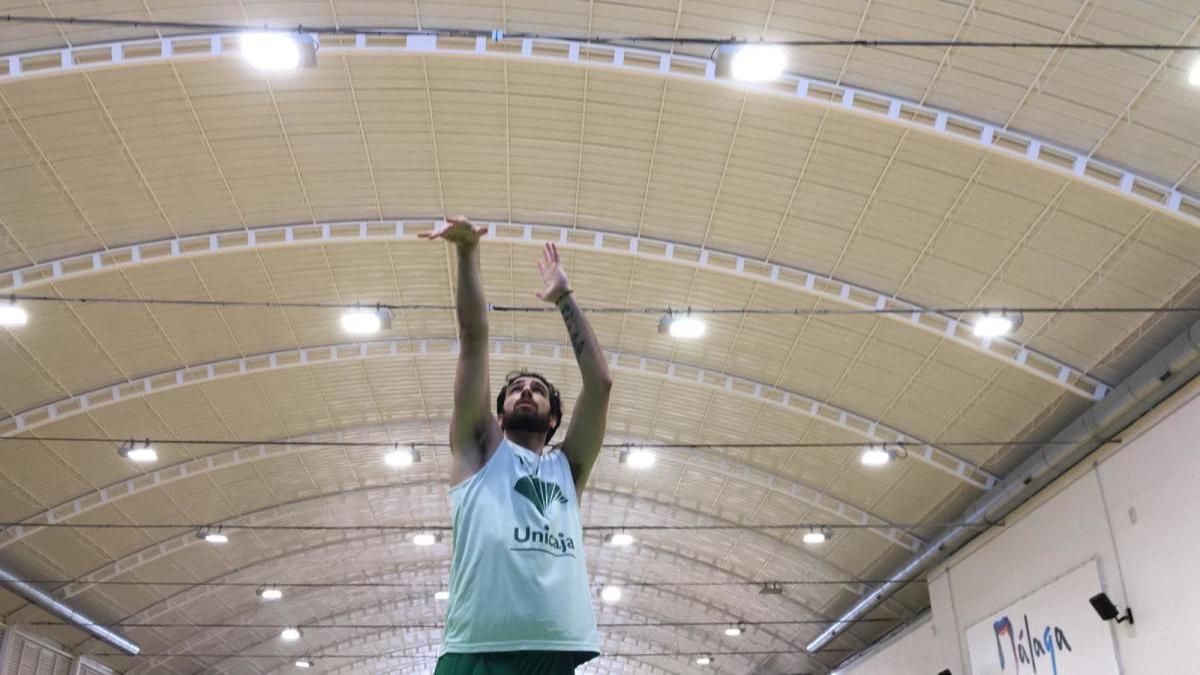 Francis Alonso se entrena en Los Guindos.