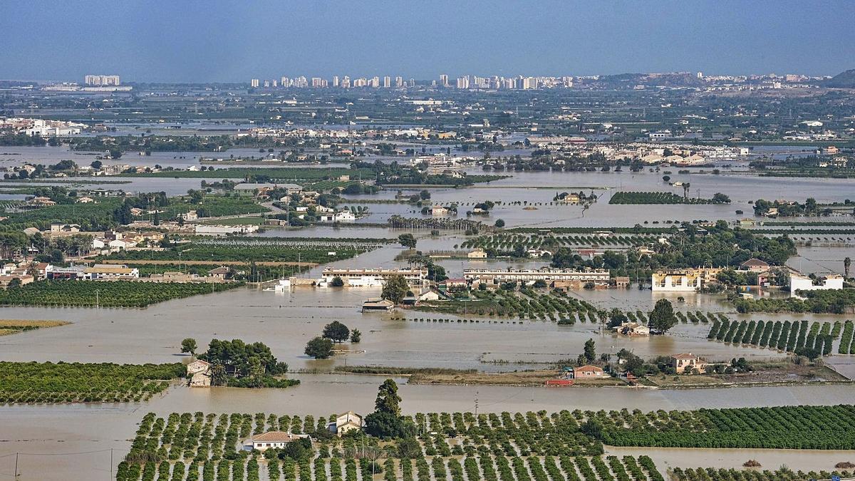 Agricultural land in Guardamar Del Segura flooded during the devastating storm in September 2019. |  AxesLAlvarezEZ