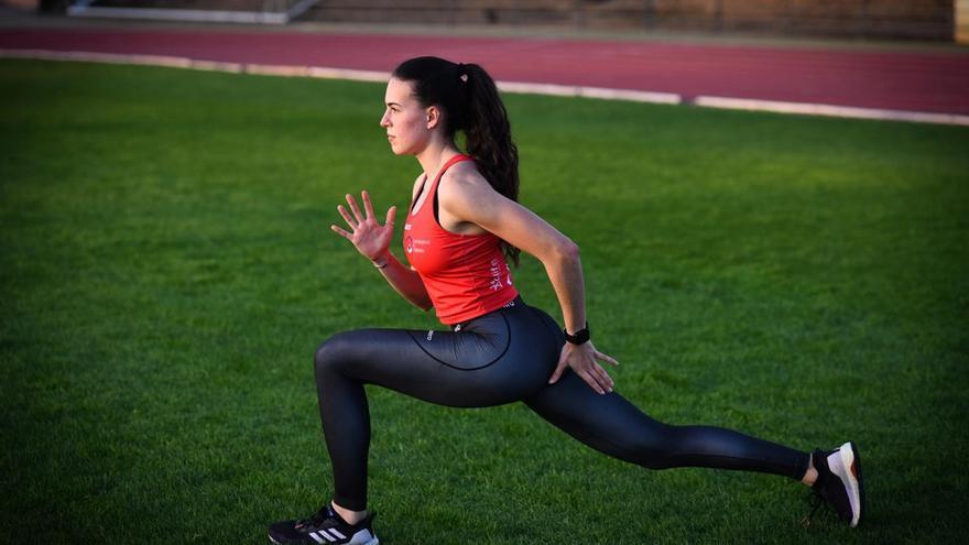 Carmen Avilés entrenará con la selección nacional del 4x400