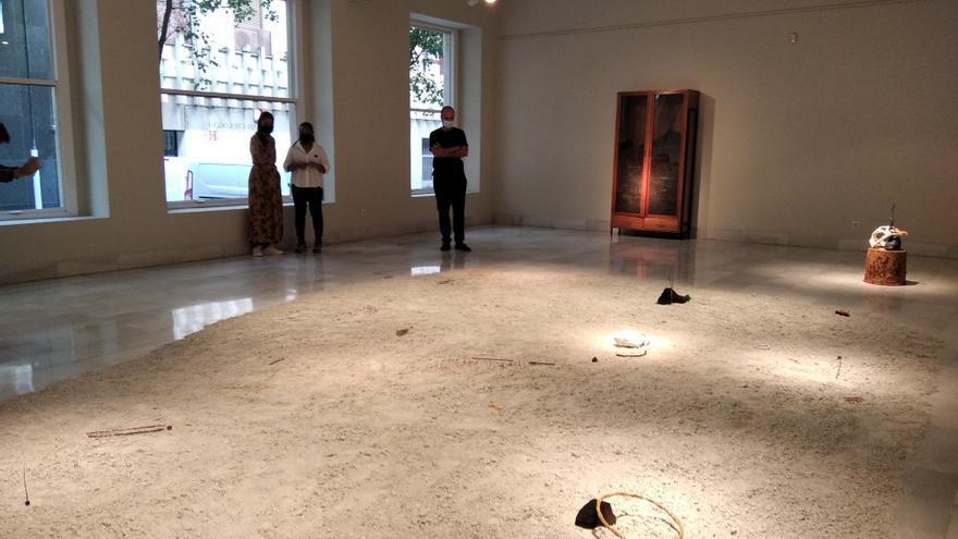 Juan Sebastián González muestra en la diputación 'Arqueologías del ser'