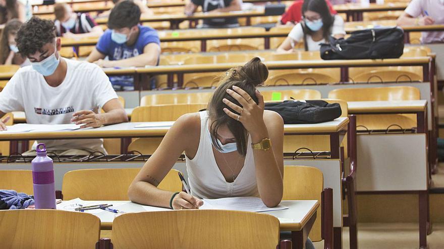 1.250 estudiantes buscan una segunda oportunidad en la Selectividad de julio