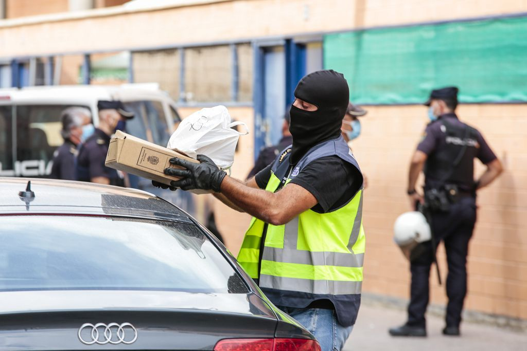 Intervención policial. Menudeo, gallos y tortugas en Ministriles, Lorca-3597.jpg