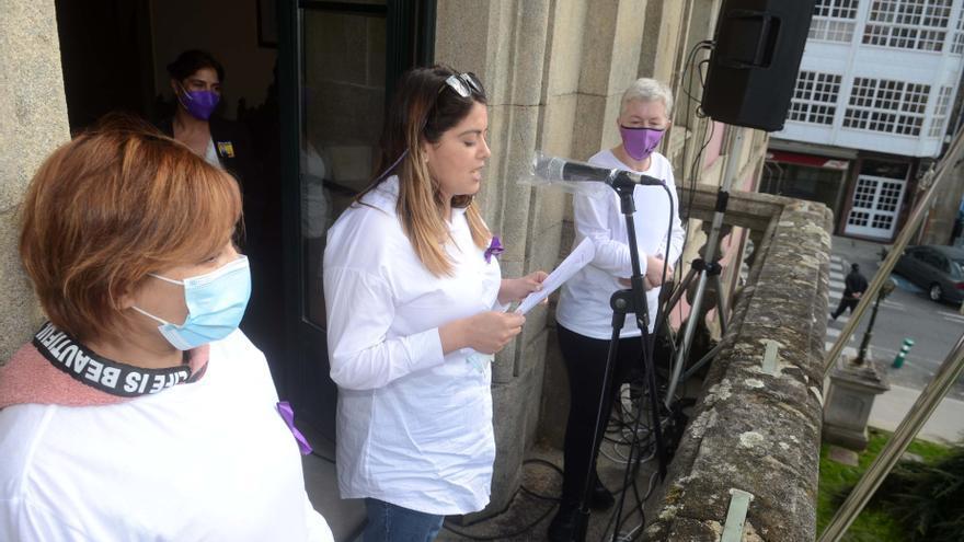 El feminismo comarcal ondea la bandera de la igualdad