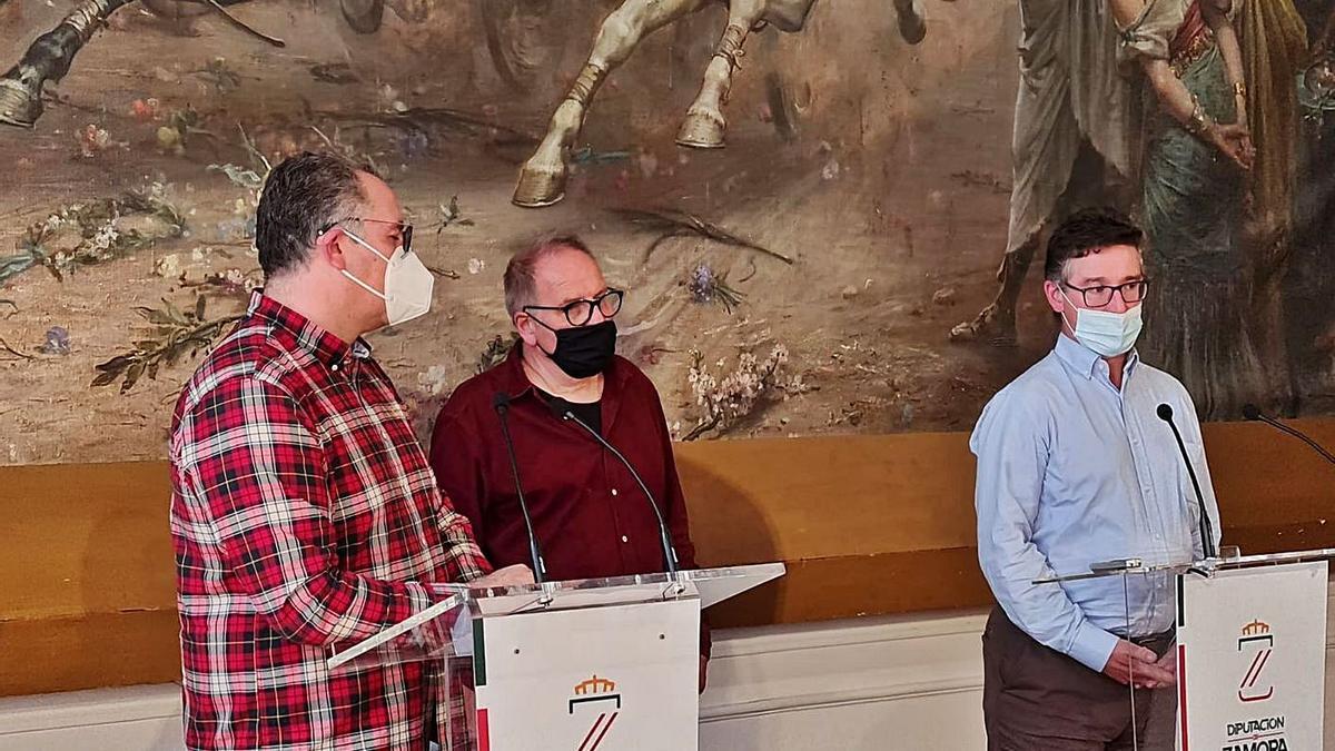 Jesús María Prada, Christoph Strieder y Fernando Méndez, durante la presentación. |