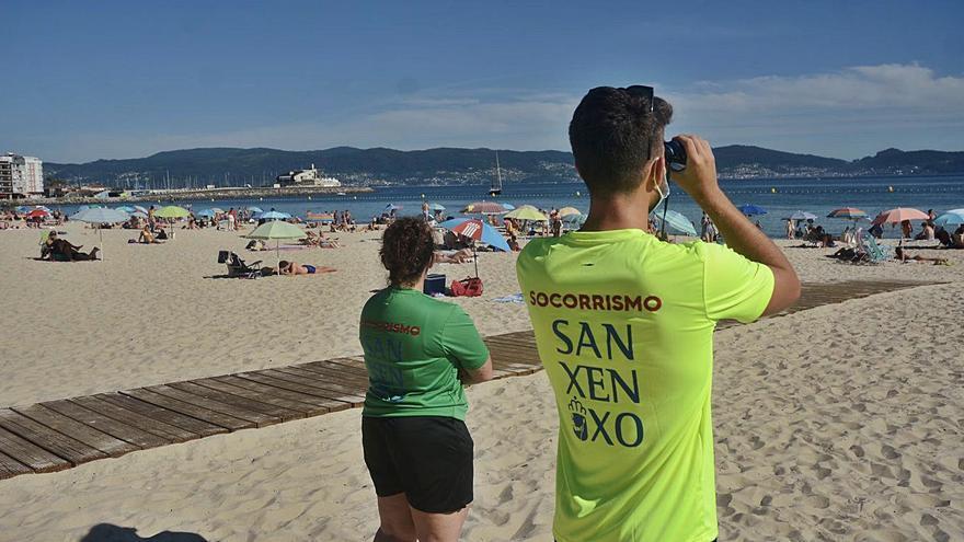 Los socorristas de Sanxenxo realizaron en las playas una media de 80 intervenciones diarias