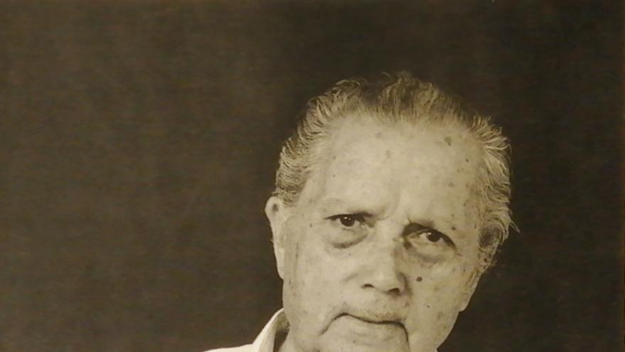 Inauguración de la exposición 'Moya a Santiago Santana', que incluye unas 40 obras del pintor del período entre 1929 y 1991