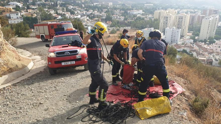Rescate de una persona en una torreta de alta tensión en El Atabal