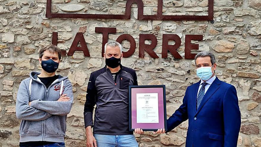 La Granja Torre d'en Roca de Sallent obté el certificat de benestar animal d'AENOR