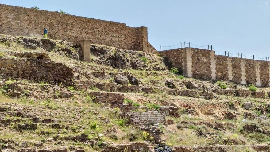 El Ayuntamiento de Calatayud adecenta el yacimiento de Bílbilis y prepara la temporada de verano