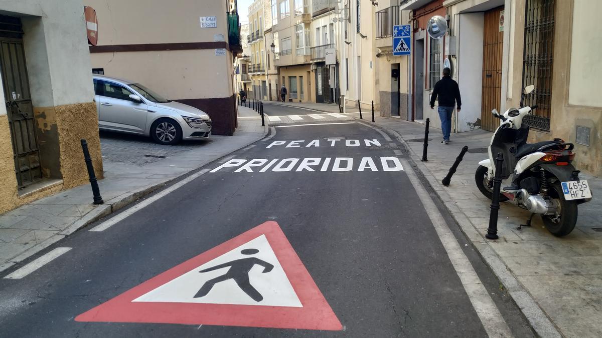 Una imagen de la calle Parras, ya limitada a 20 kilómetros/hora y con preferencia peatonal.