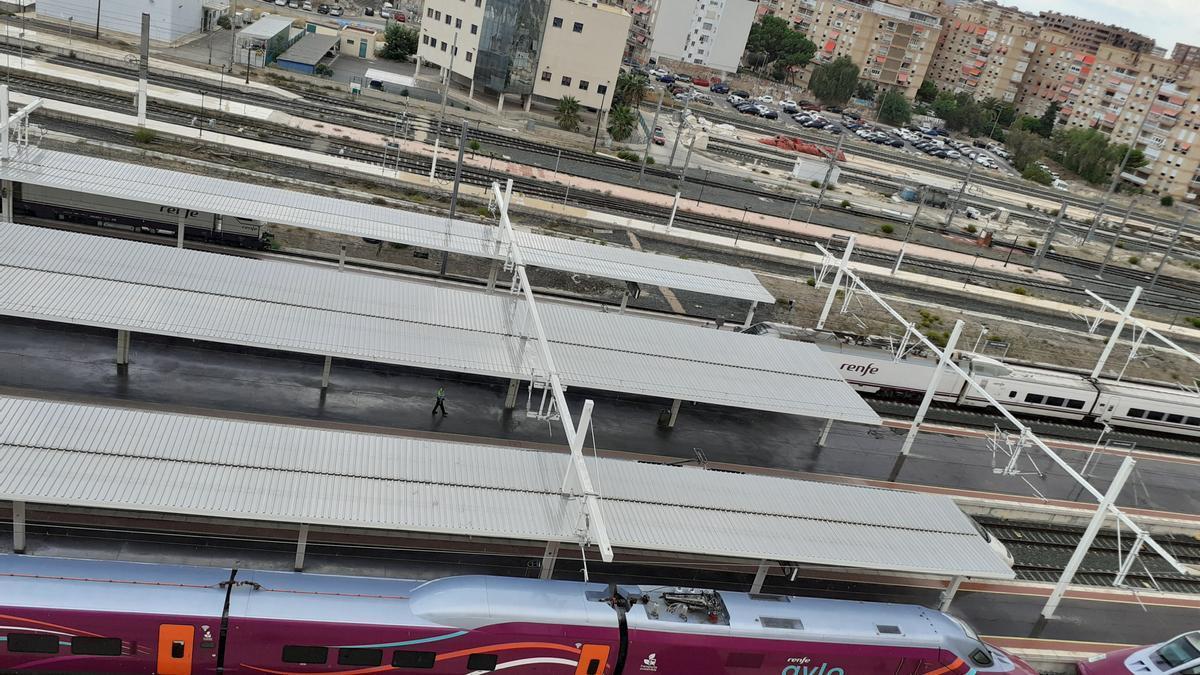Los vecinos de la estación piden que se acabe con los ruidos de los trenes