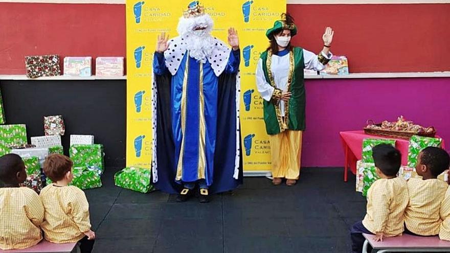Bankia y Casa Caridad anticipan los Reyes Magos
