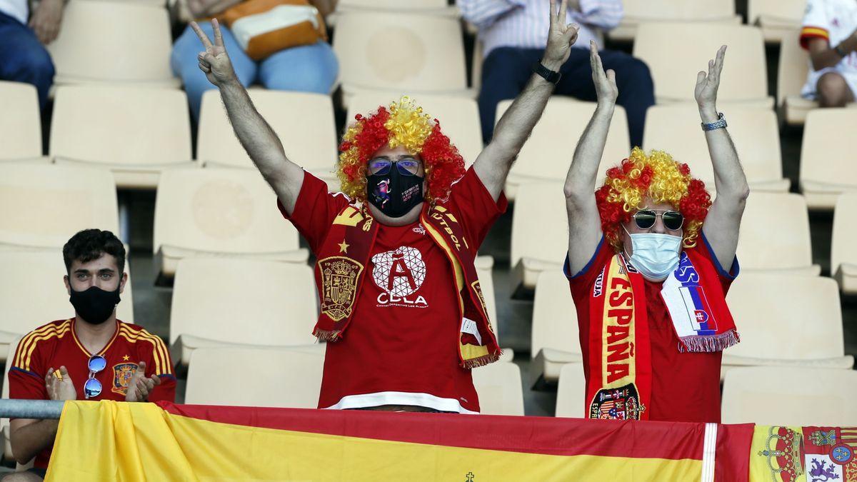 Aficionados de la selección en La Cartuja.