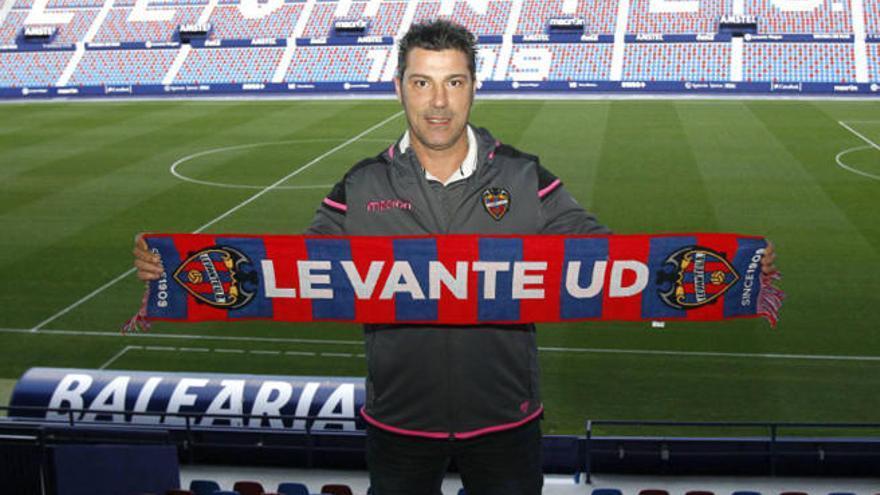 Javier Olaizola dirigirá al Atlético Levante