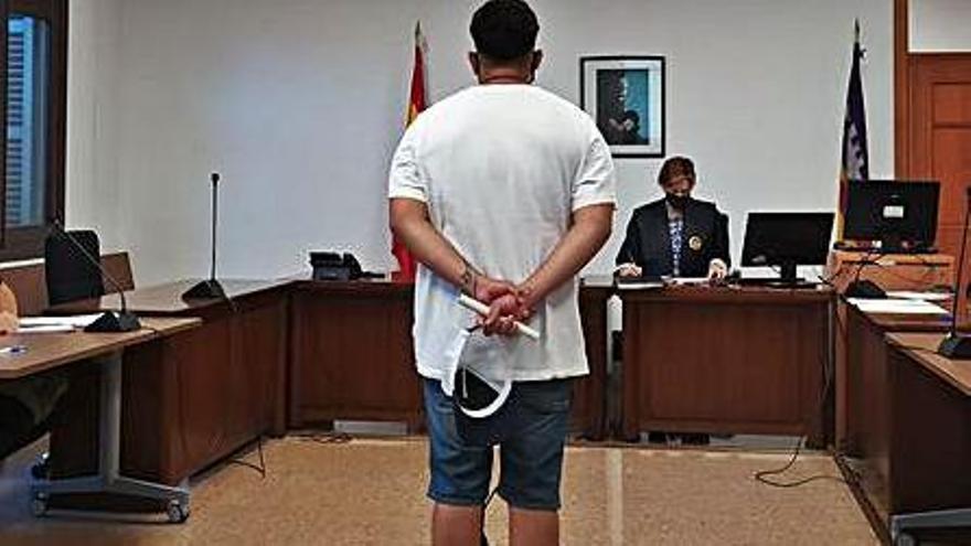 Condenado por conducir ebrio y sin carné y negarse a la prueba de alcohol