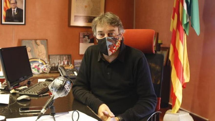 L'alcalde de Ripoll alimenta la teoria de la conspiració