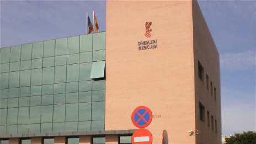 Detienen en Alicante a un funcionario por pedir dinero a una joven para conseguirle la nacionalidad española