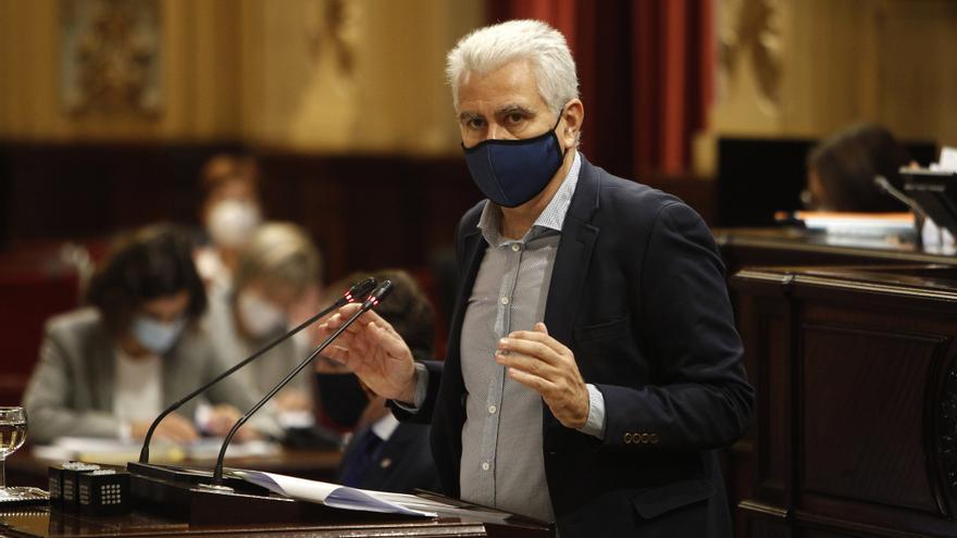 Armengol carga contra El Pi por querer llevar el incumplimiento del REB al Constitucional