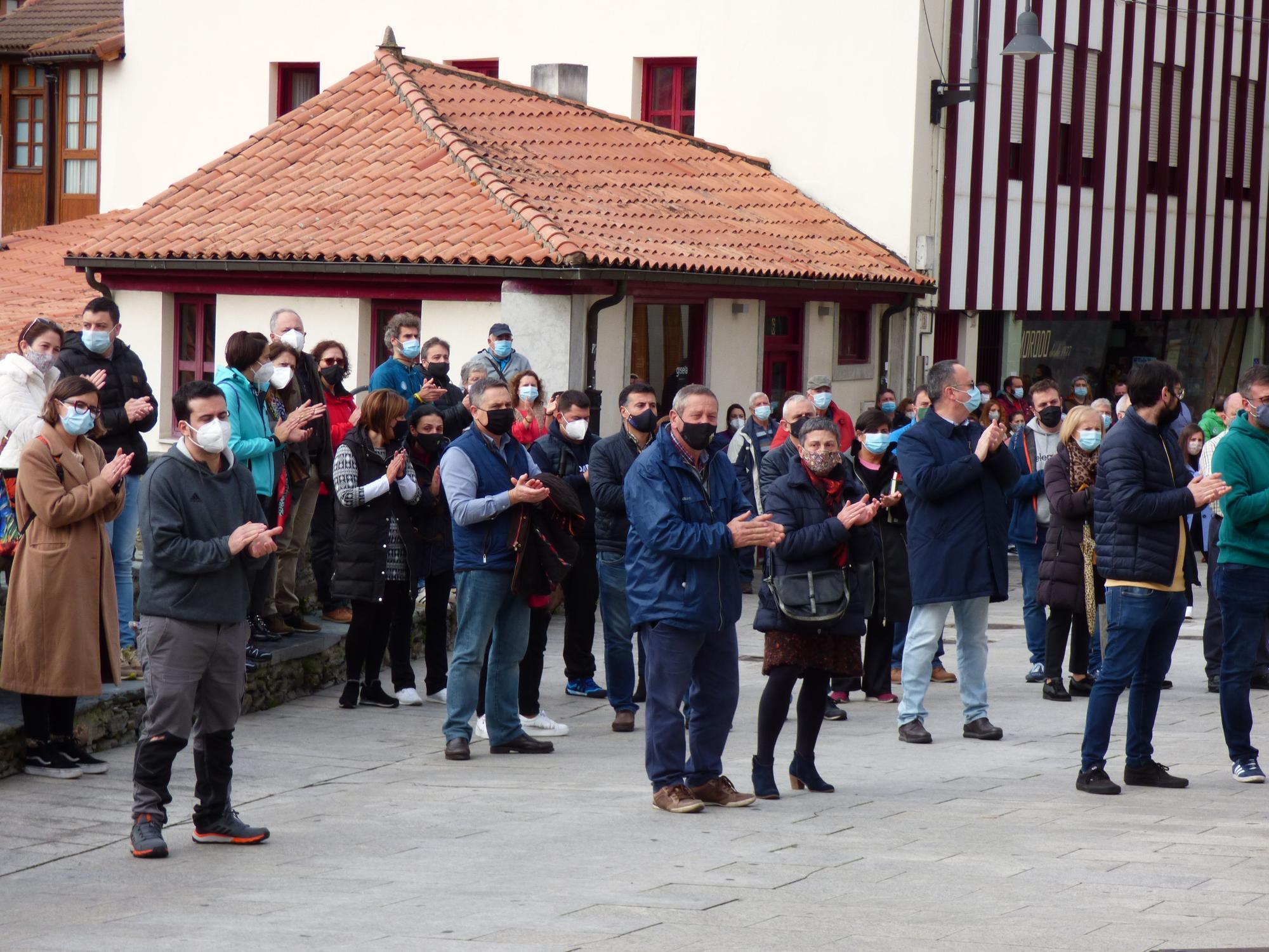protestas en cangas del Narcea 2.jpg