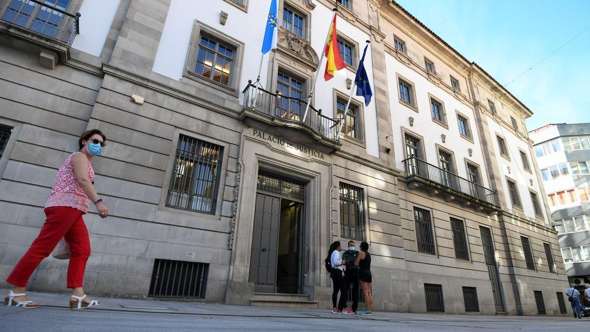 Edificio de la Audiencia de Pontevedra.