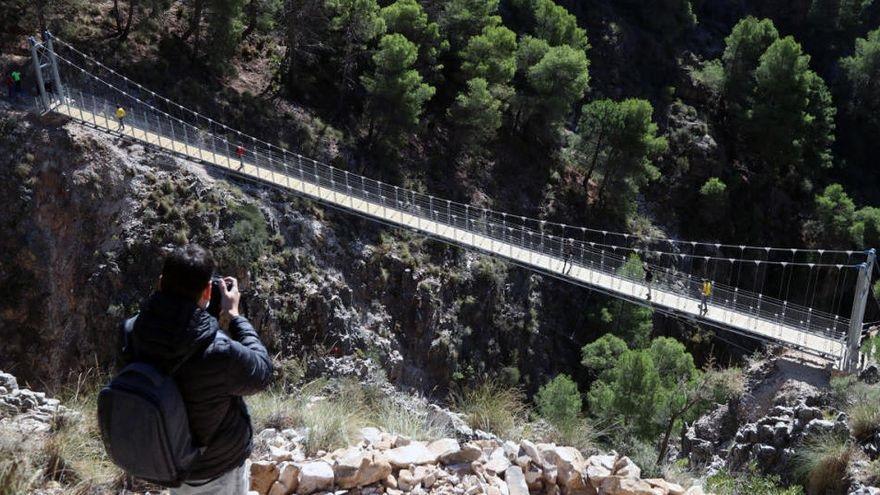 El puente de El Saltillo recibe más de 50.000 visitas en su primer año
