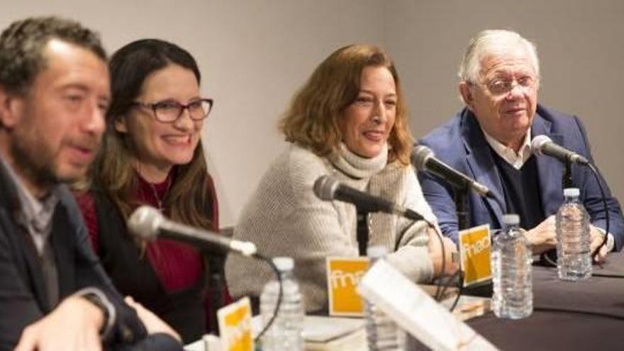 El PP denuncia a Oltra por contratos fraccionados  en centros sociales