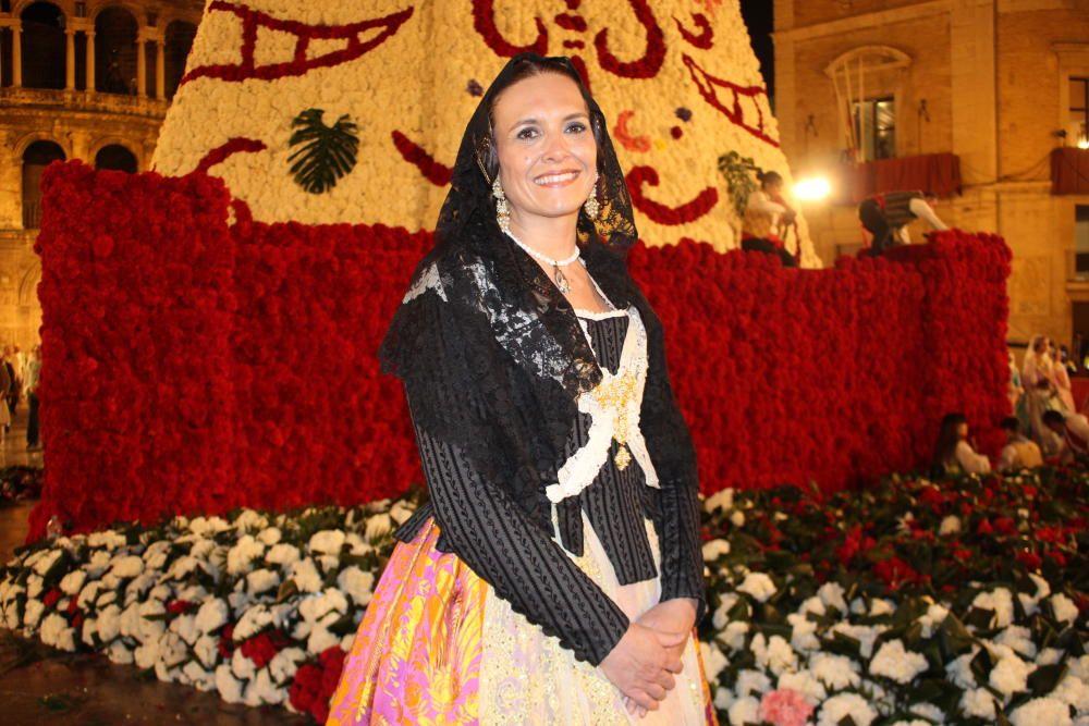 Laura Labari (1982 y 1994)