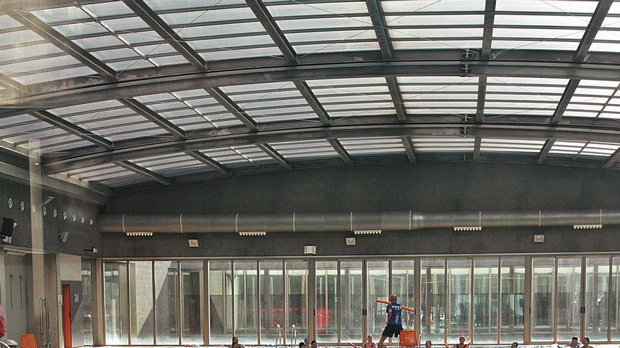 Gandia asume el segundo centro deportivo cerrado por el fiasco de la gestión privada