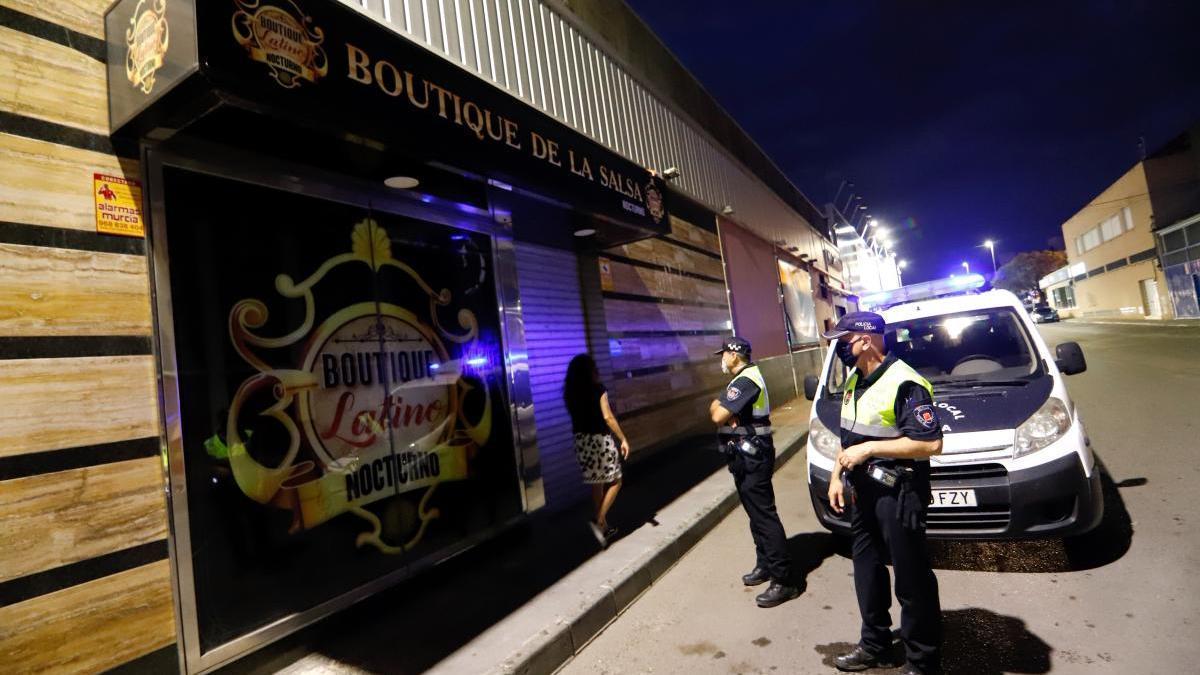 Discoteca clausurada en la zona de Atalayas, en Murcia.