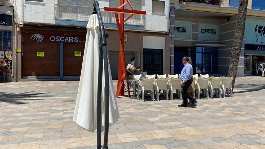 El pub Oscar's, cerrado en Vinaròs por motivos sanitarios.