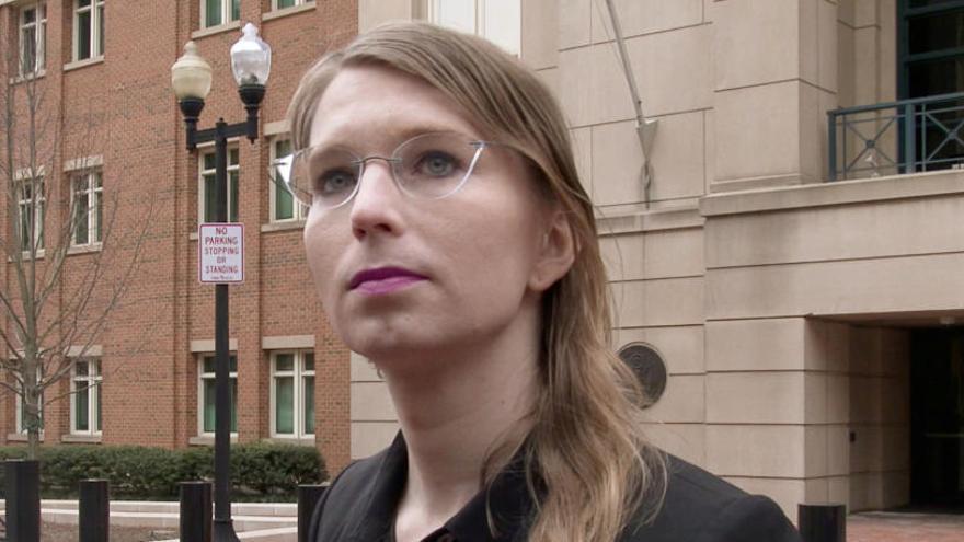 Chelsea Manning en llibertat després de negar-se a respondre les preguntes d'un jutge federal