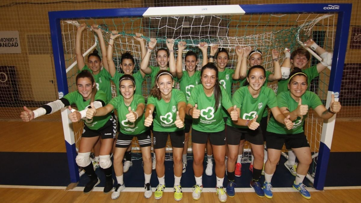 Las jugadoras del Cajasur Deportivo Córdoba, en un entrenamiento.