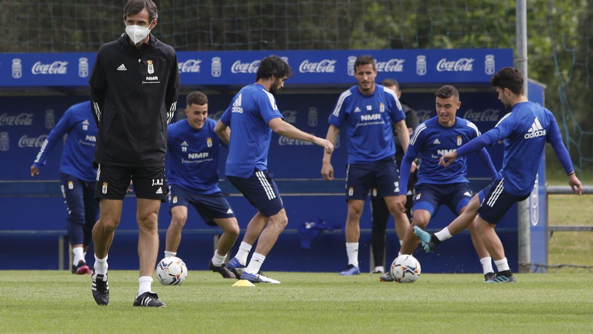 Ziganda durante un entrenamiento del Real Oviedo