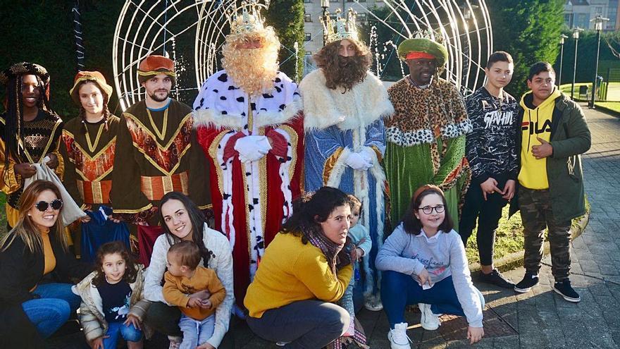 Los Reyes recorren la comarca de Pontevedra
