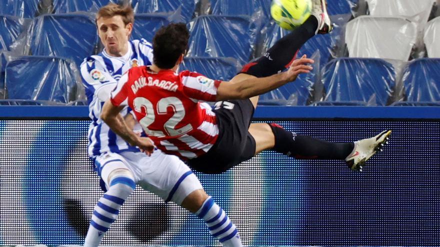 Athletic y Real Sociedad empatan en un choque con sabor a revancha