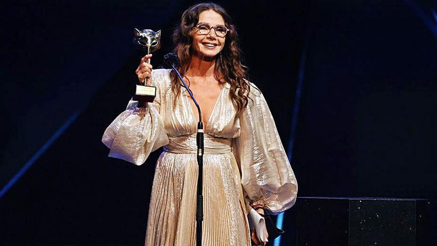 'Las niñas' y 'Antidisturbios' triunfan en la gala de los Premios Feroz en la que Victoria Abril se disculpa