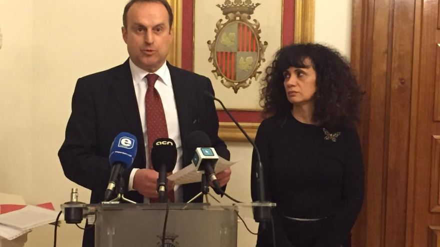 Manuel Toro i Núria Galimany passen al grup de No adscrits en el plenari de Figueres