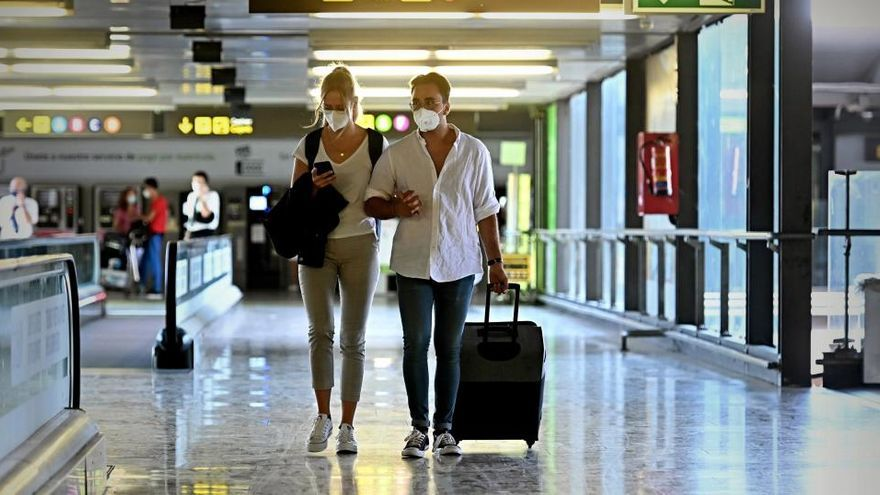 Europol alerta a la UE del auge de la oferta de PCR falsificadas para viajar