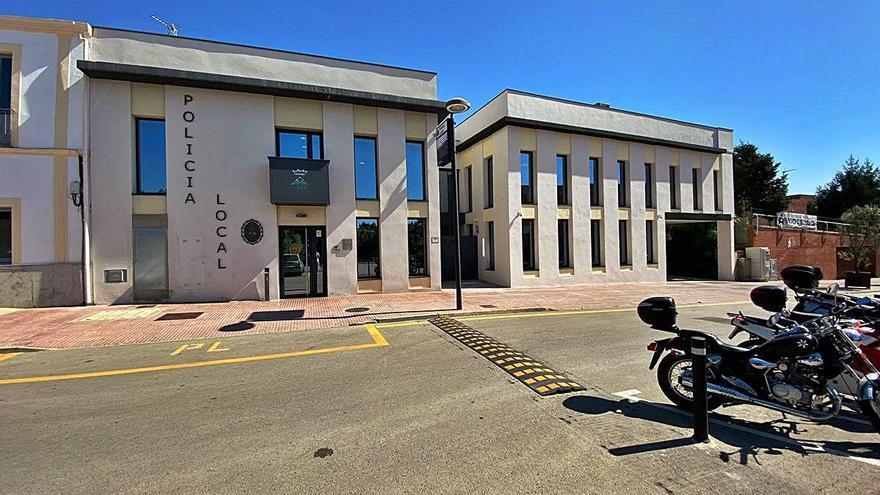 La policia de Calonge deté dos joves per fugir amb una moto robada