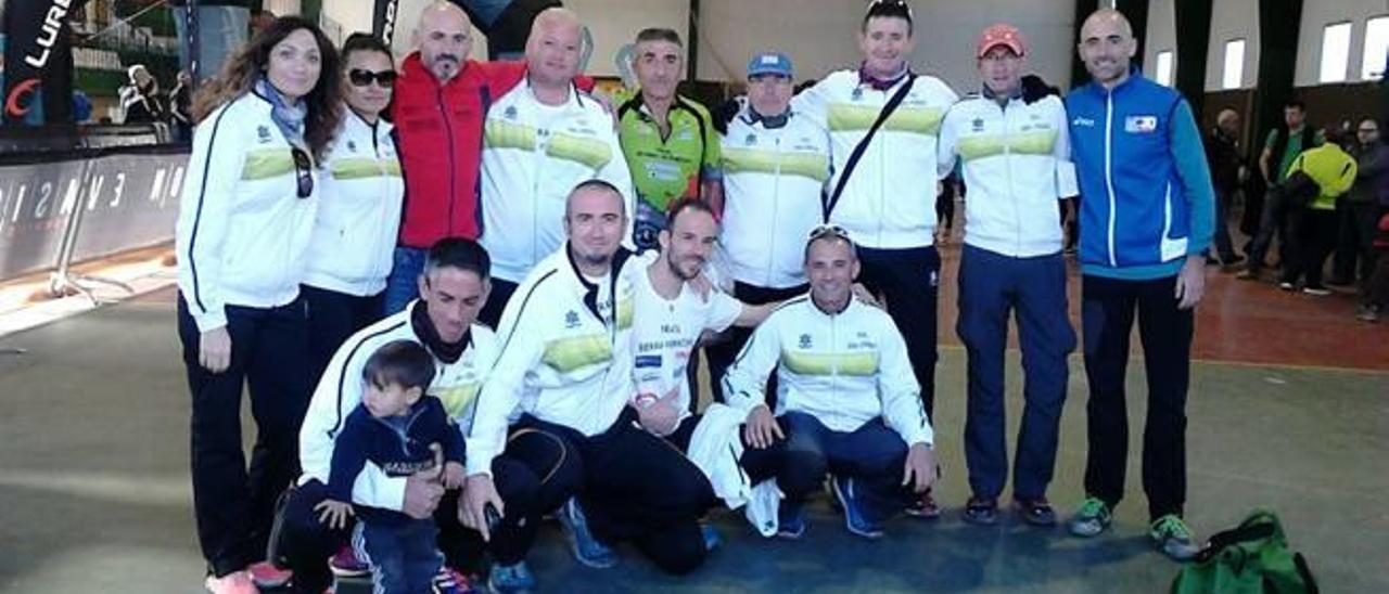 El Serra Vernissa se impone por equipos en el Trail de Navarrés