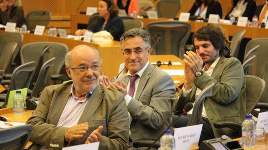 37 eurodiputats expressen el seu rebuig a la decisió del TC sobre els toros