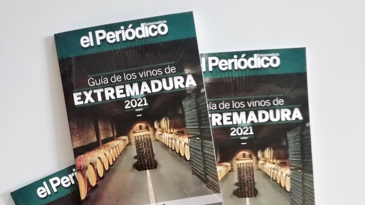 Ejemplares de la Guía de los Vinos de Extremadura 2021.